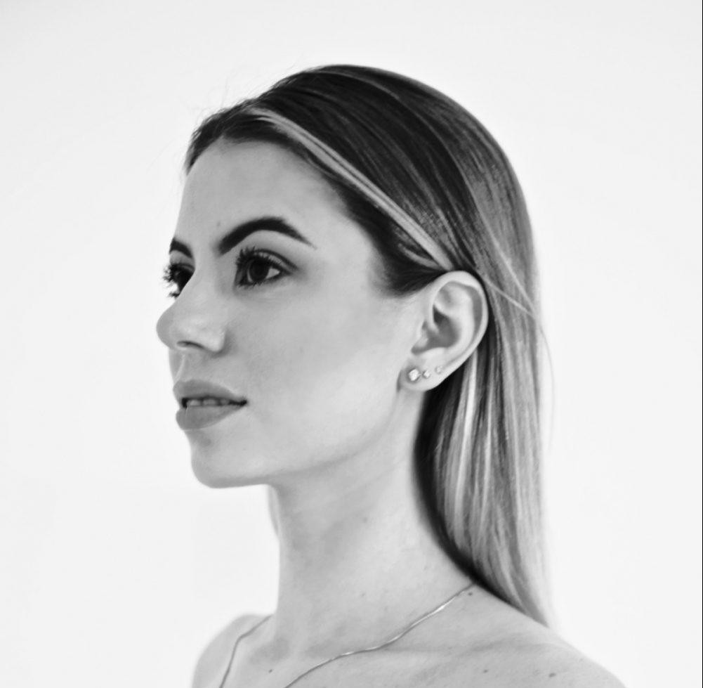 Anna Novichkina Official Website